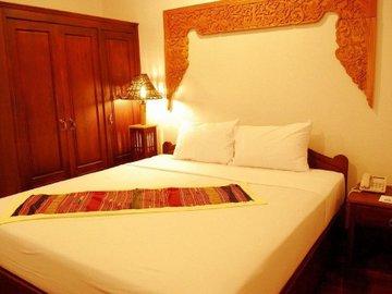 Seng Tawan Riverside Hotel