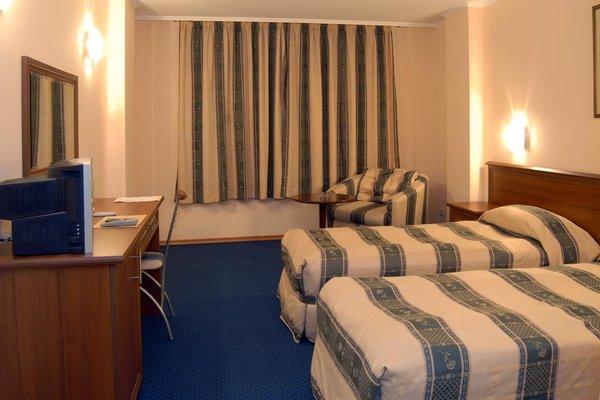 Отель Луксор - фото 1