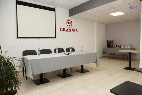 Hotel Gran Via - фото 14