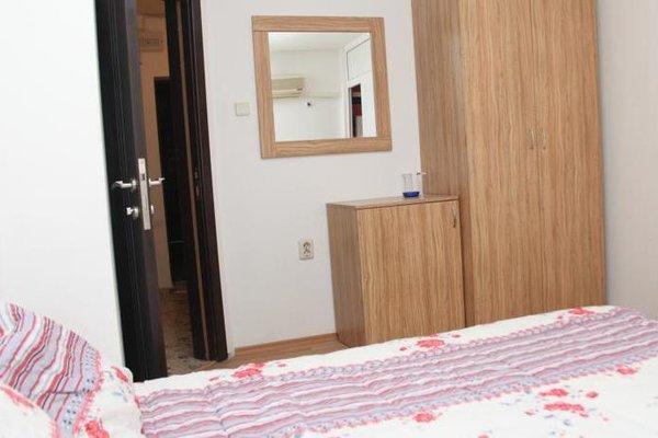 Burgas Rooms and Studios - фото 15