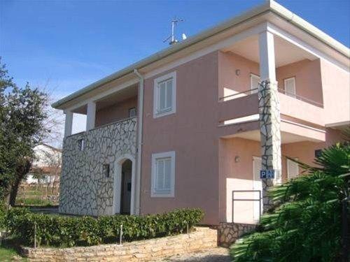 Monteneto Apartments - фото 1