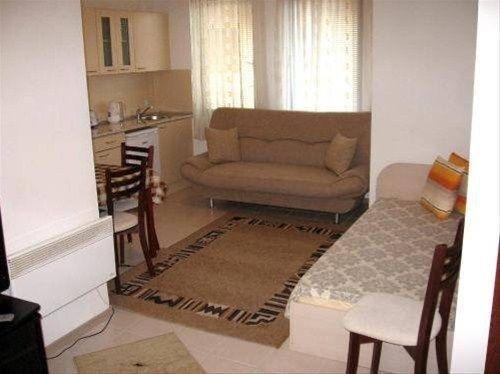 Sveti Stefan Apartment House - фото 7