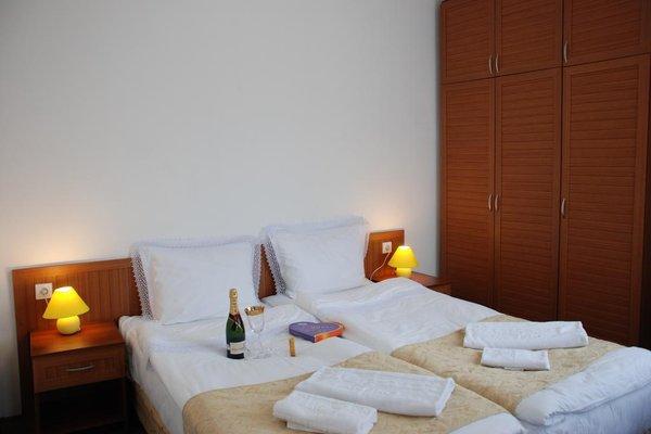 Elegant Lux Hotel - фото 1