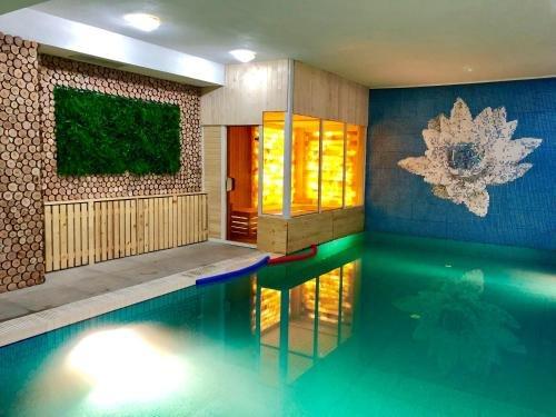 Elegant Lux Hotel - фото 21