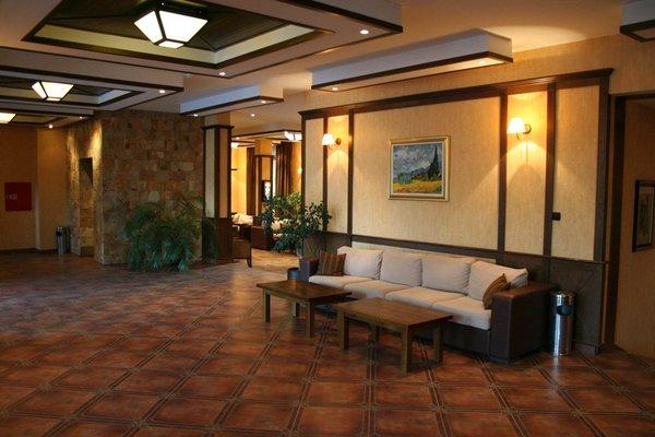 Evelina Palace Hotel - фото 5