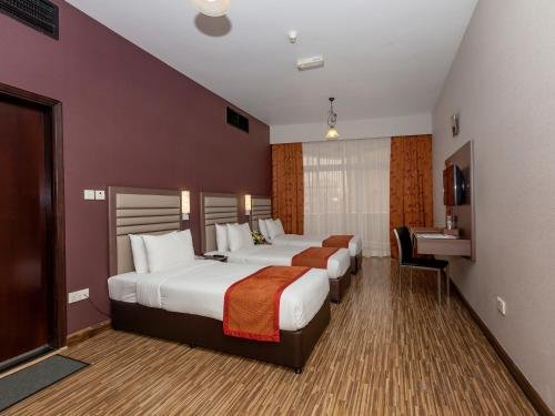 Florida International Hotel - фото 11