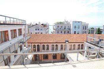 Sunny Terrace Hostel - фото 10
