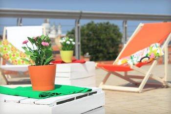 Sunny Terrace Hostel - фото 11