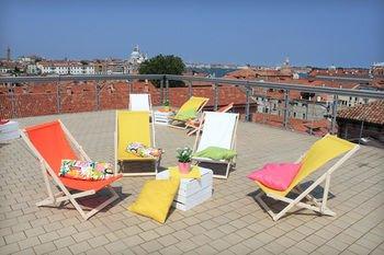 Sunny Terrace Hostel - фото 12