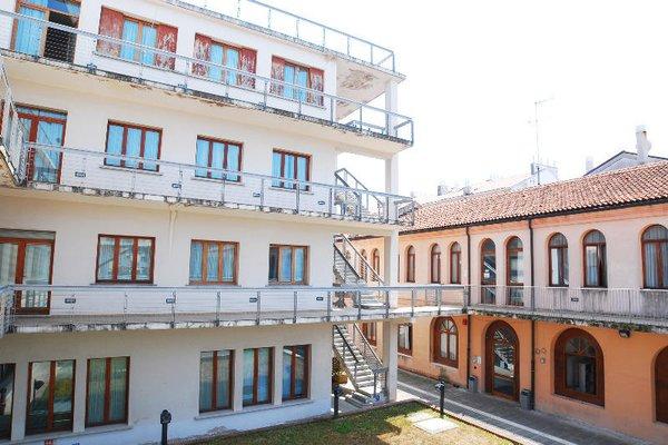 Sunny Terrace Hostel - фото 18