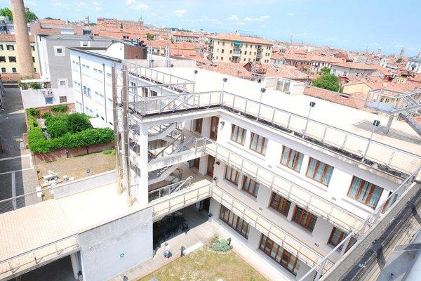 Sunny Terrace Hostel - фото 19