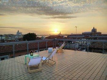 Sunny Terrace Hostel - фото 20
