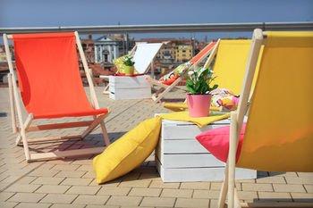 Sunny Terrace Hostel - фото 9
