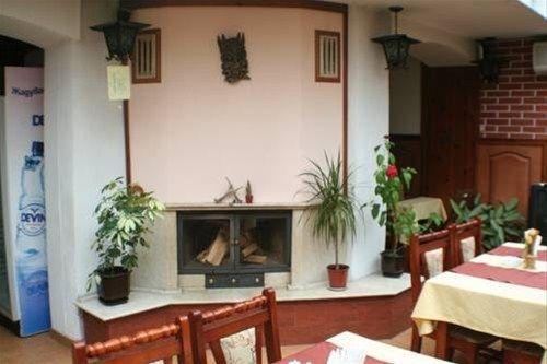 GUEST HOUSE PIRINA - фото 5