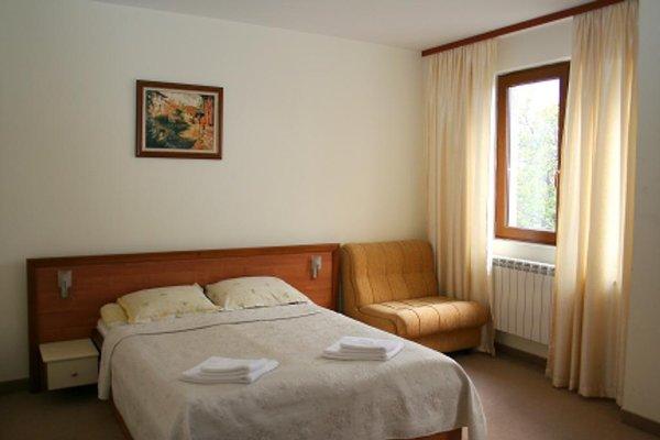 Family Hotel Lazur - фото 1