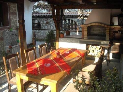 Boyadjiyski Guest House - фото 20