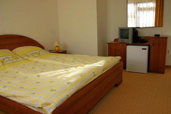 Korina Sky Hotel - фото 2