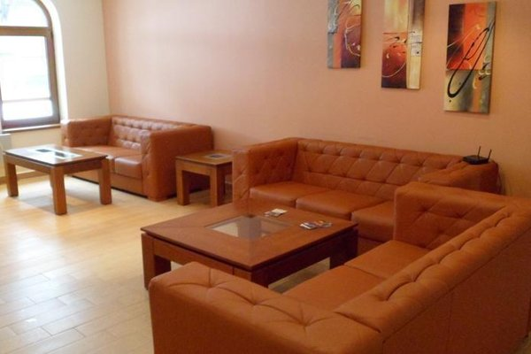 Cedar Lodge 3/4 Self-Catering Apartments - фото 3
