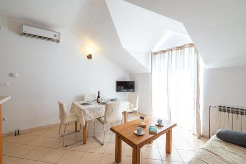 Francesca Apartments - фото 6