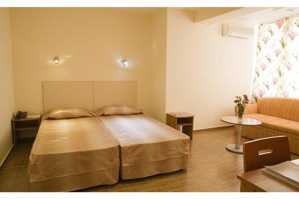 Family Hotel Casa Brava - фото 2