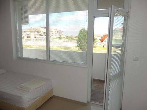 Stefani Apartments - фото 2