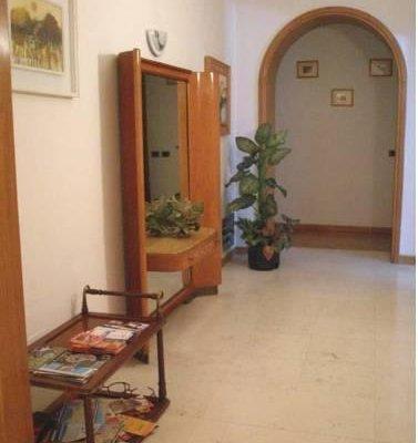 Avitabile's Guest House - фото 18