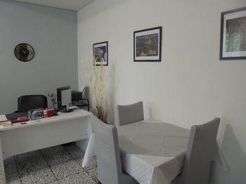Avitabile's Guest House - фото 8