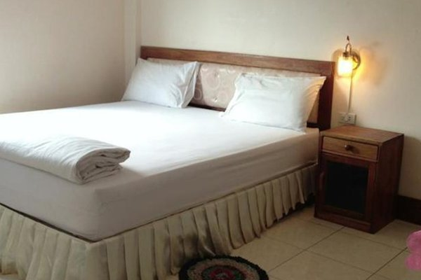 Khamfong Sihavong Hotel - фото 17