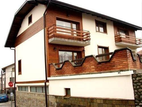 GUEST HOUSE YANICA - фото 2