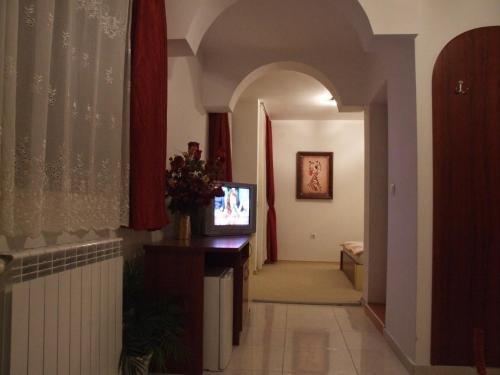 Guest House Zlatev - фото 10