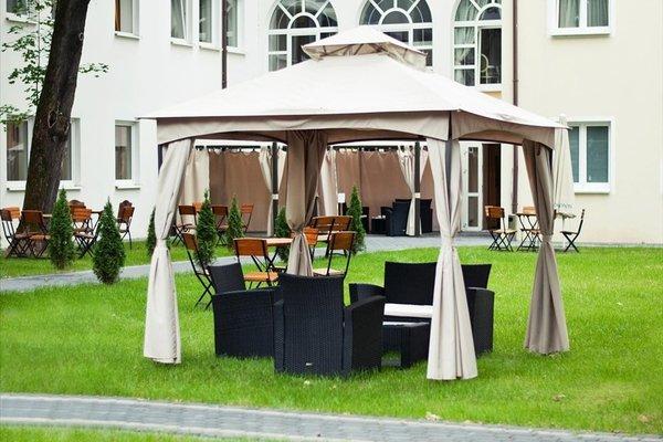 Отель Holiday Park - фото 50