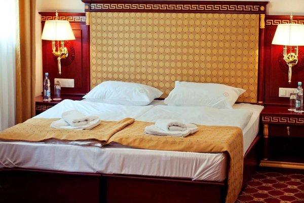 Отель Holiday Park - фото 3