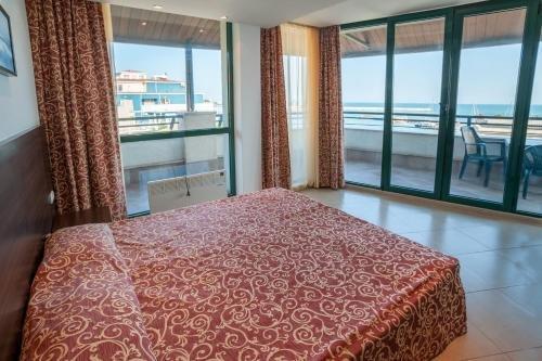 Marina City Hotel - фото 2