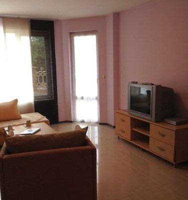 Sea Paradise Apartment Complex - фото 8