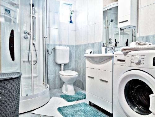 Adria Apartments - фото 10