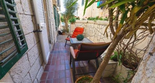 Dubrovnik center apartment - фото 18