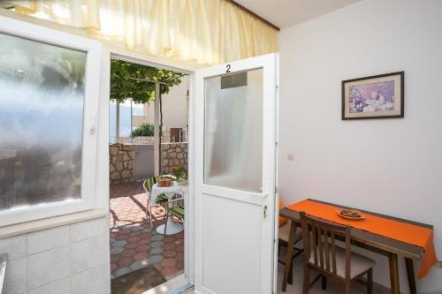 Apartments Bakoc - фото 10