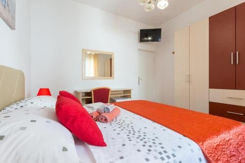 Apartments & Rooms Imperijal - фото 2