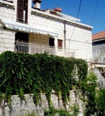 Apartments Azinovic - фото 4