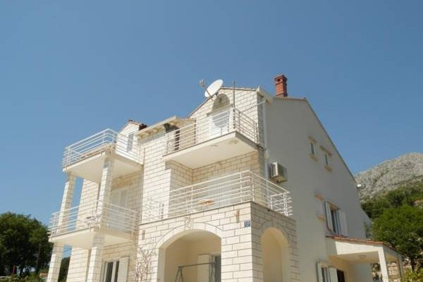Apartments Pralas - фото 1