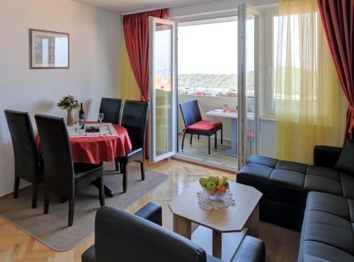 Sea View Apartments - фото 7