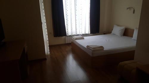Отель Куин - фото 1