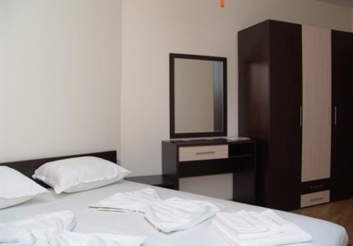 Sunny Bay Aparthotel - фото 2