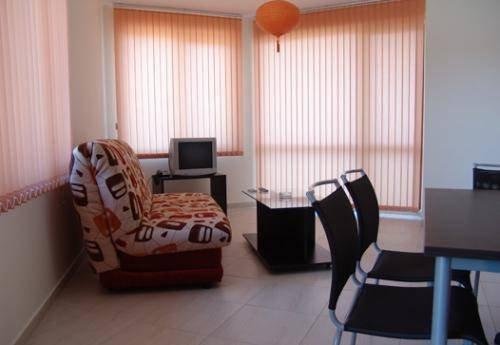 Sunny Bay Aparthotel - фото 4