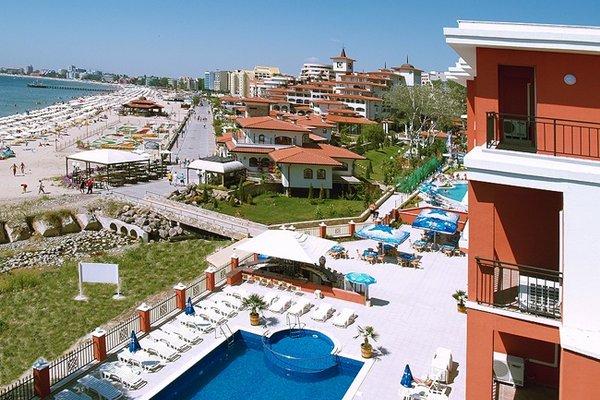 Carina Beach Aparthotel - Free Private Beach - фото 19