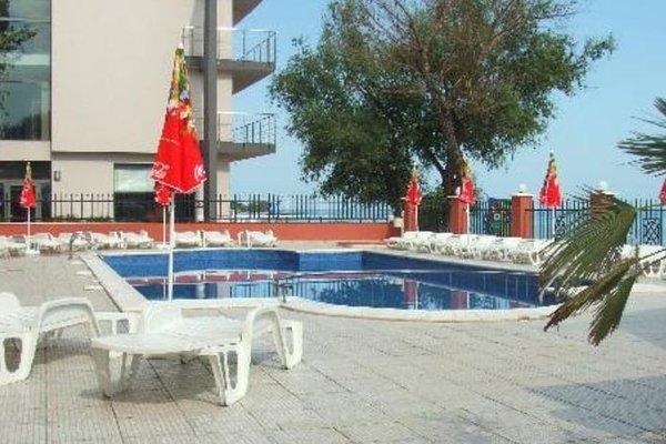Carina Beach Aparthotel - Free Private Beach - фото 18