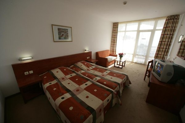 Hotel Fenix - Halfboard - фото 3