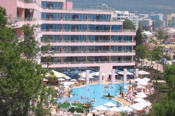Hotel Globus - Halfboard - фото 22