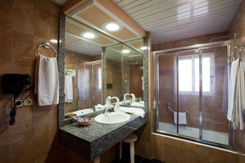 Cabana Hotel Benidorm - фото 7
