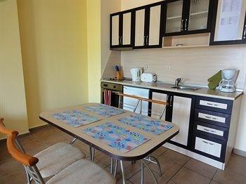 Summer Dreams Apartments - фото 10